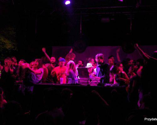 Scene-Smiley-Noise-DJ-Loxic