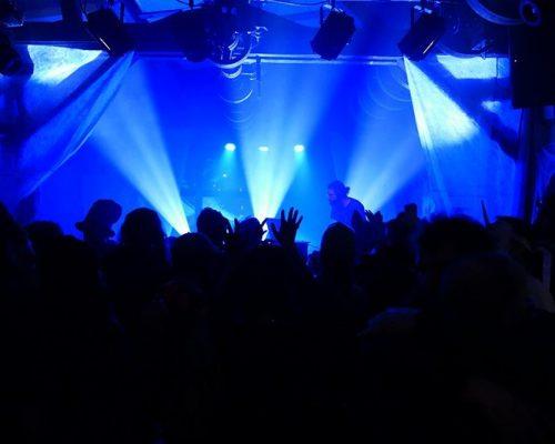 Smiley-Noise-DJ-Loxic-hous-techno-soiree